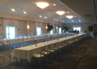 Atrium-Long-Tables