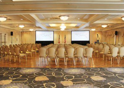 Corporate-Event-Dual-Projectors