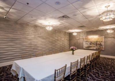 Club-Room-Table