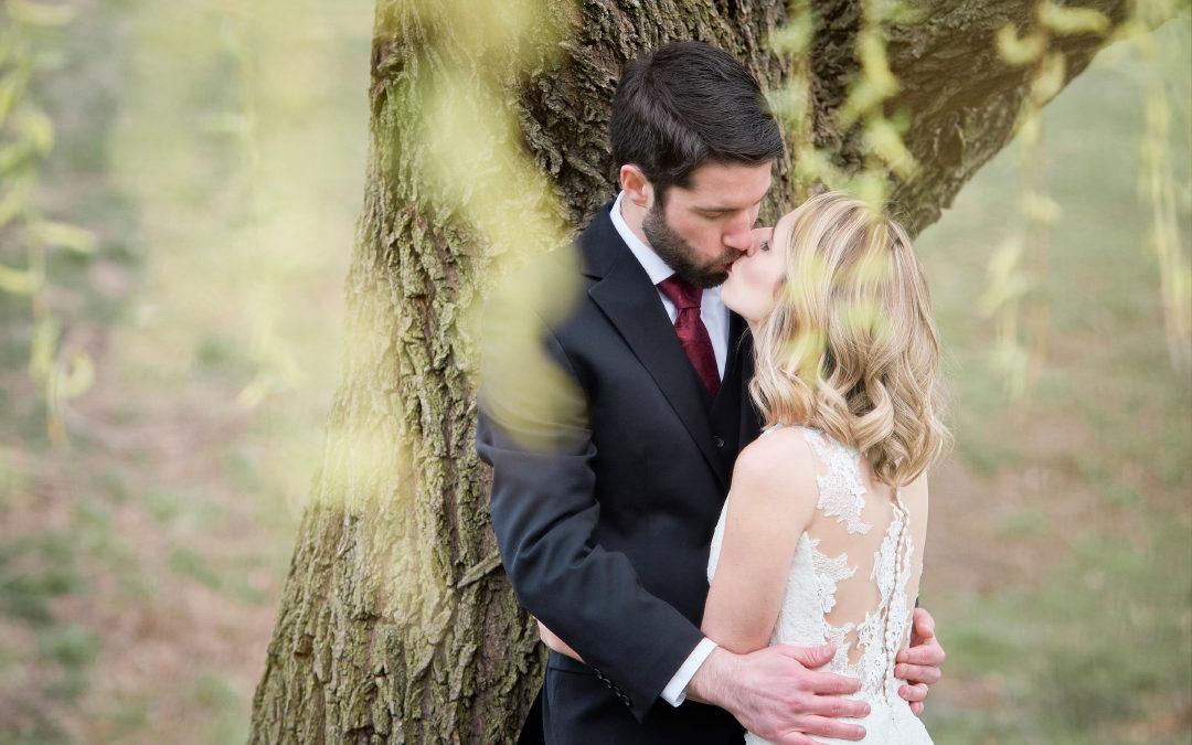 Real Wedding Spotlight: Julie and Bill's Chic Burgundy Wedding