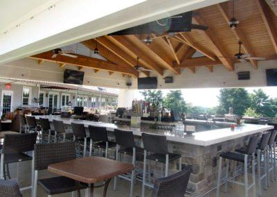 Tavola's outside island bar.